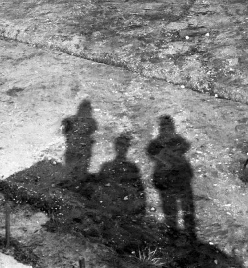 Šėšėliai. Fotografas nežinomas